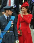 lookpurdy – Catherine, Duchess of Cambridge in Alexander McQueen – Diamond Jubilee Thames River Pageant 4